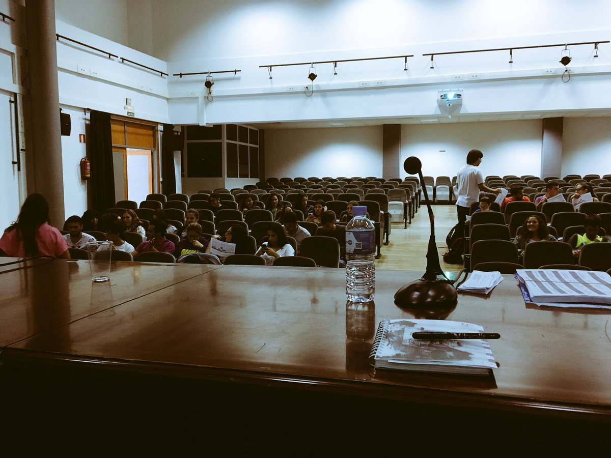 Ready... @InfoUMA @Educacion_UMA #Díadelocos <br>http://pic.twitter.com/Lu2F1tEzG6