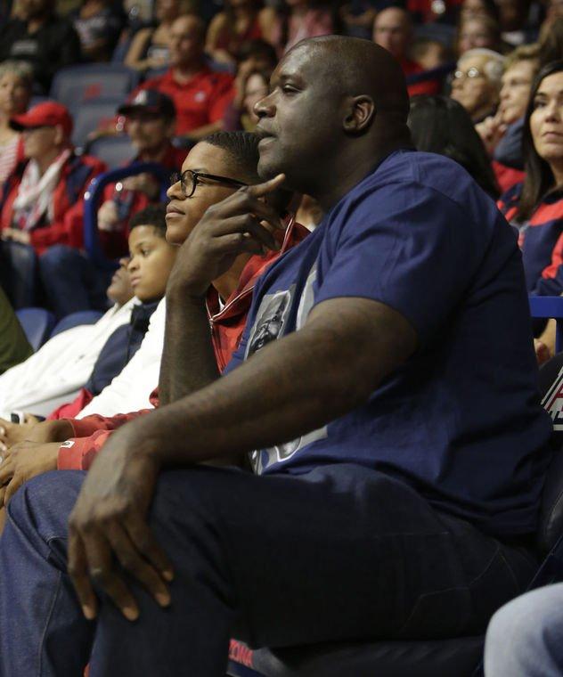 Shareef O'Neal (Shaq's son) commits to Arizona Wildcats https://t.co/MbopFRLZO8