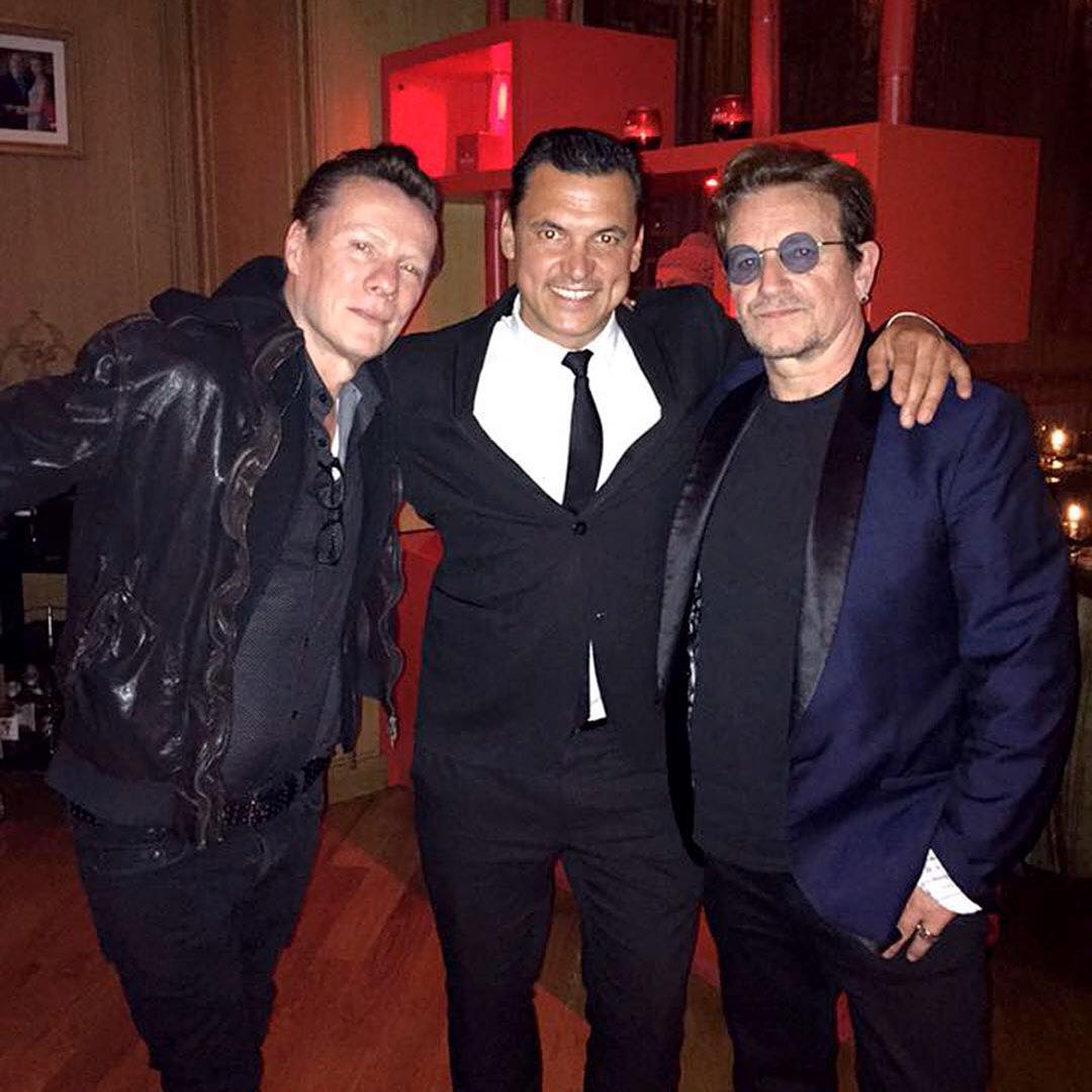 #Bono &amp; #LarryMullenJr at #MayaBay in #Monaco last night Via @mayabay_monaco &amp; @jbarinordin  #U2 #U2NewsIT<br>http://pic.twitter.com/NlPSaEnKv5