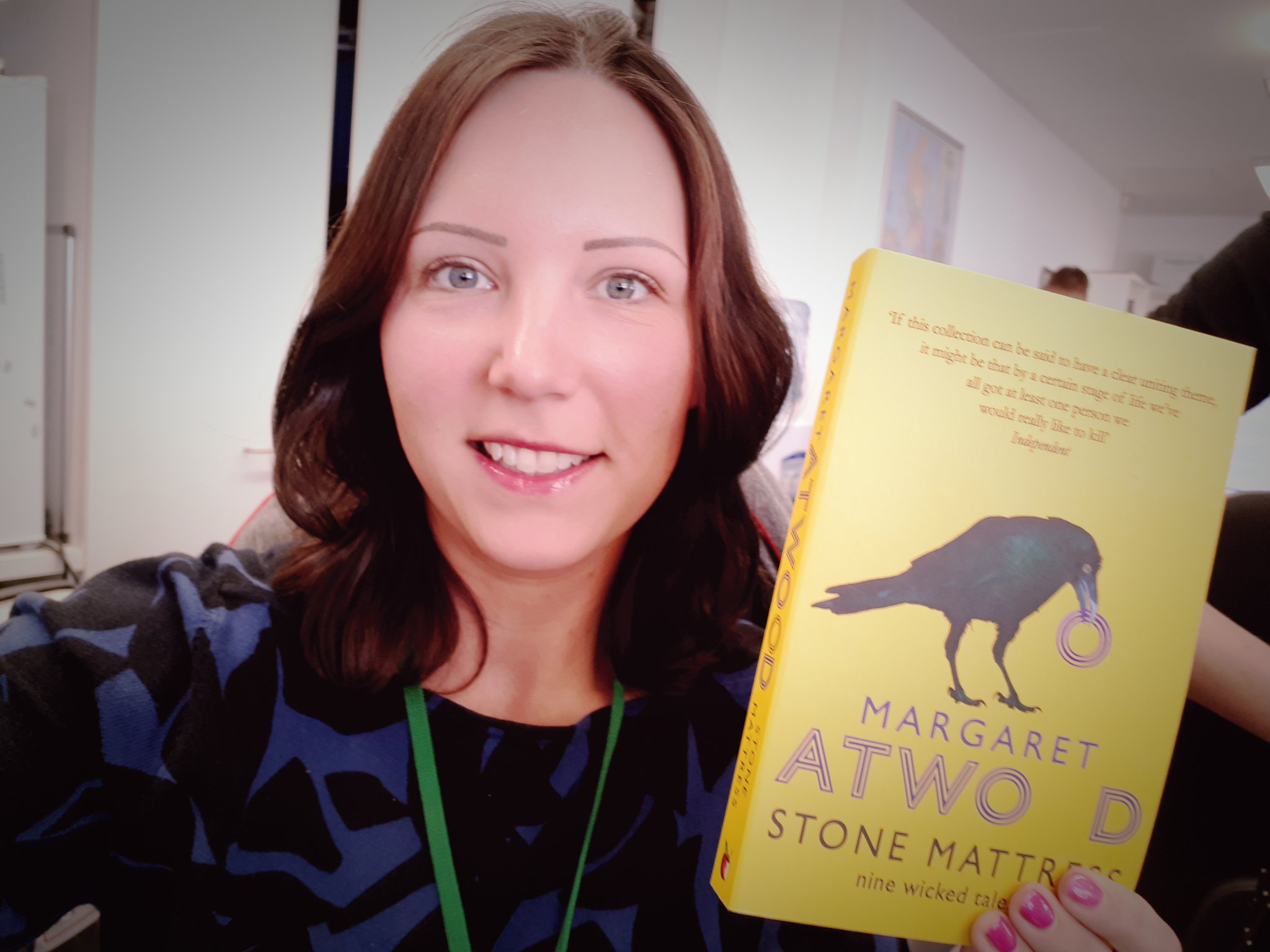 @WorldBookNight I'd like to share #stonemattress by @MargaretAtwood. Short stories are a great way to encourage reading! @readingagency #WorldBookNight https://t.co/VBRZrEimfw