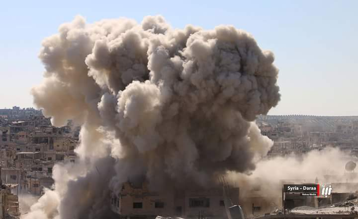 Heavy RuAF airstrikes continue for the 6th day straight in Daraa, Syria.