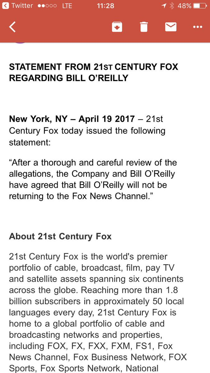BREAKING: Bill O'Reilly OUT https://t.co/oJ9QPeRo27