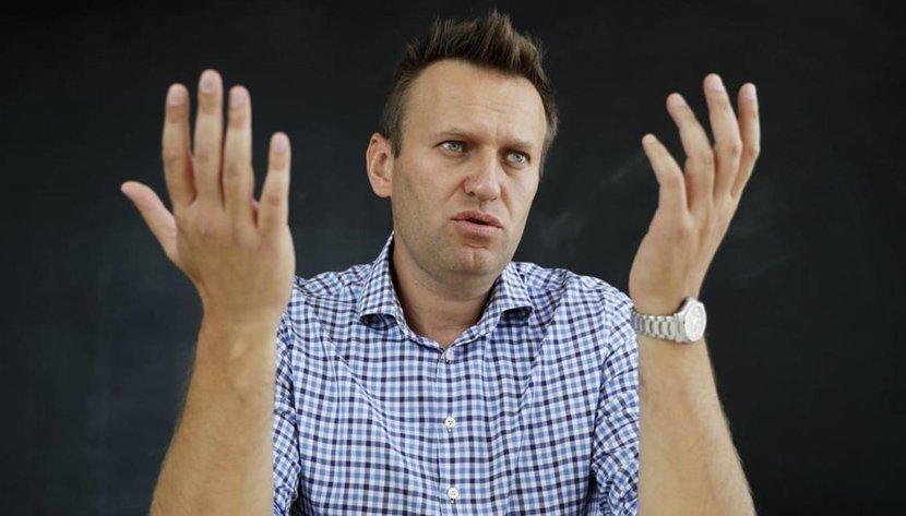 Политика: Навальный специально наживает себе проблемы