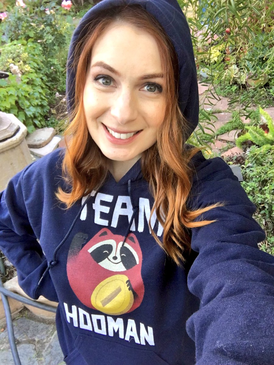 felicia day sells geek and sundry
