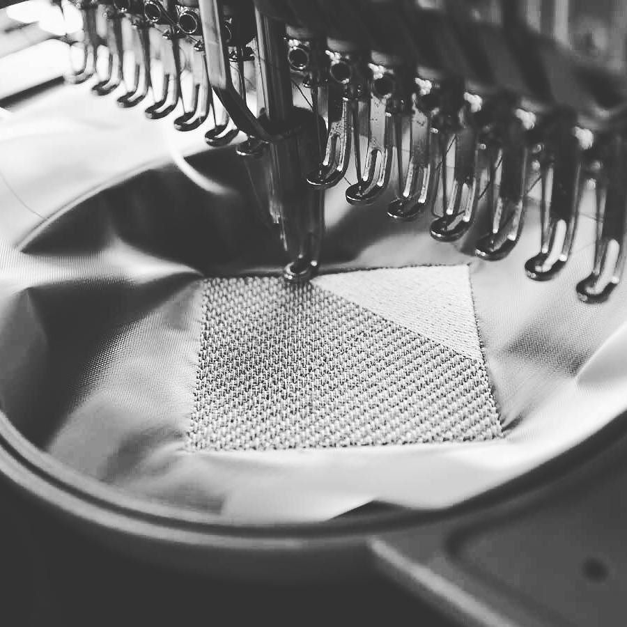 Broderie en cours ... #Broderie #Montpellier #Textile #Brodé #Personnalisation #Atelier #France #MadeInFrance  http:// ift.tt/2oVp1Ra  &nbsp;  <br>http://pic.twitter.com/DTsz4QPKpA