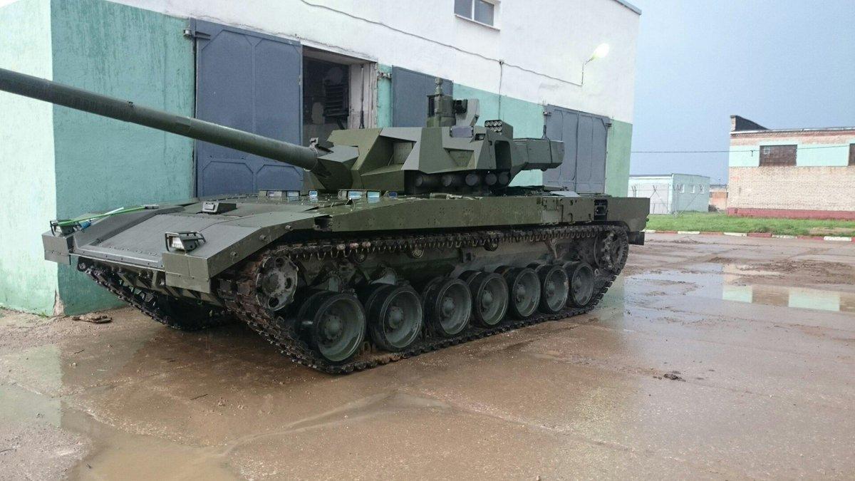 عودة التفوق الروسي البري من جديد , الحلم الروسي T-14 C9yY4ExXUAAg4o0