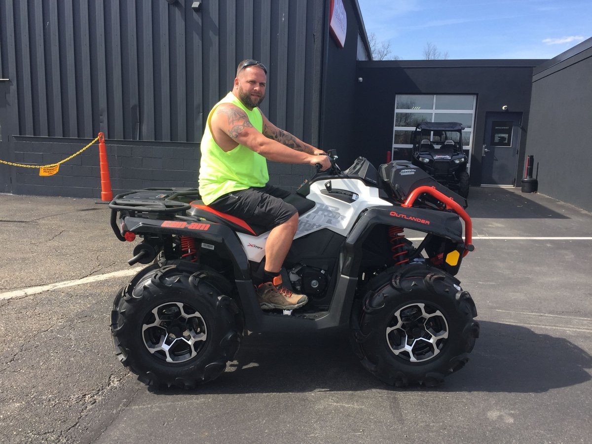Congratulations to Brad on his 2017 Can-am Outlander XMR 570!  #CanAm #Outlander #ATV #OffRoad<br>http://pic.twitter.com/PF7gfBWhd0