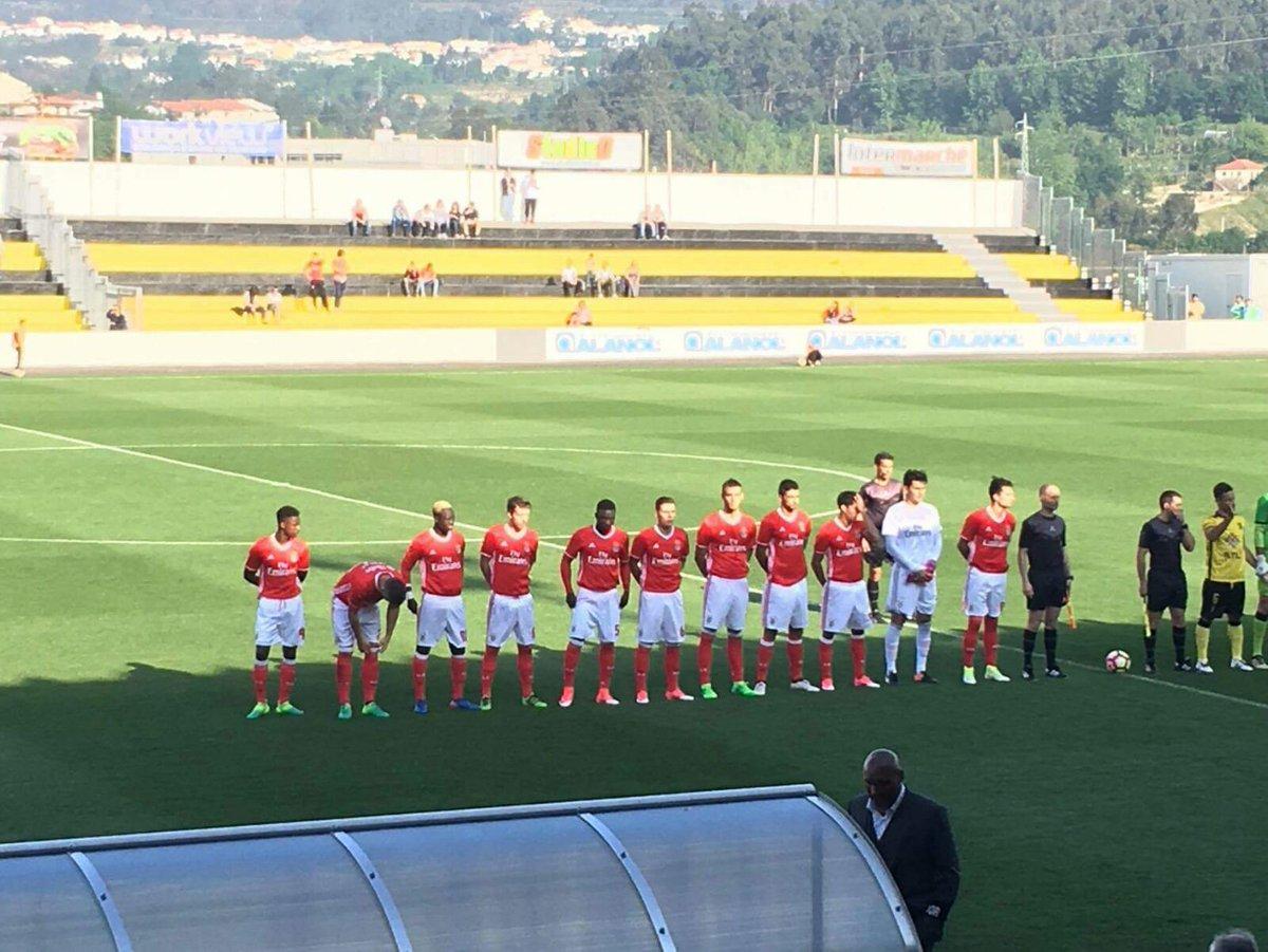 #SLBenficaB | Começa a partida no Parque Municipal dos Desportos em Fafe! VAMOS, BENFICA!