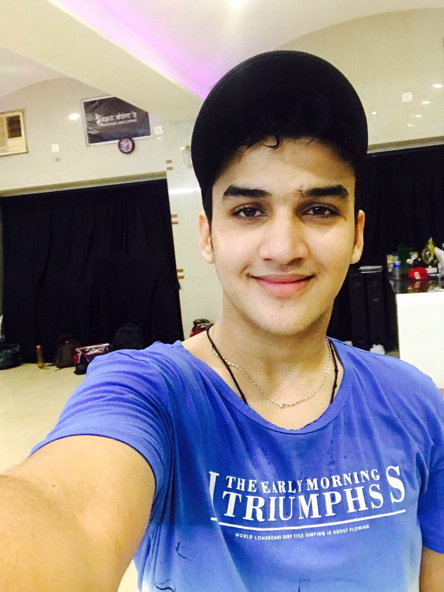 Faisal Khan On Twitter Smile Is The Best Medicine In The World