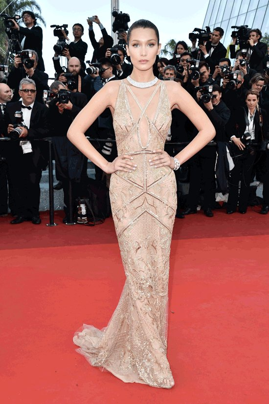 An unforgettable look of @bellahadid #RedCarpet @Festival_Cannes 2016 #Cannes #CannesFilmFestival #Cannes2017 #CotedAzurNow #Cotedazurfrance <br>http://pic.twitter.com/ZS1Zk8g56O