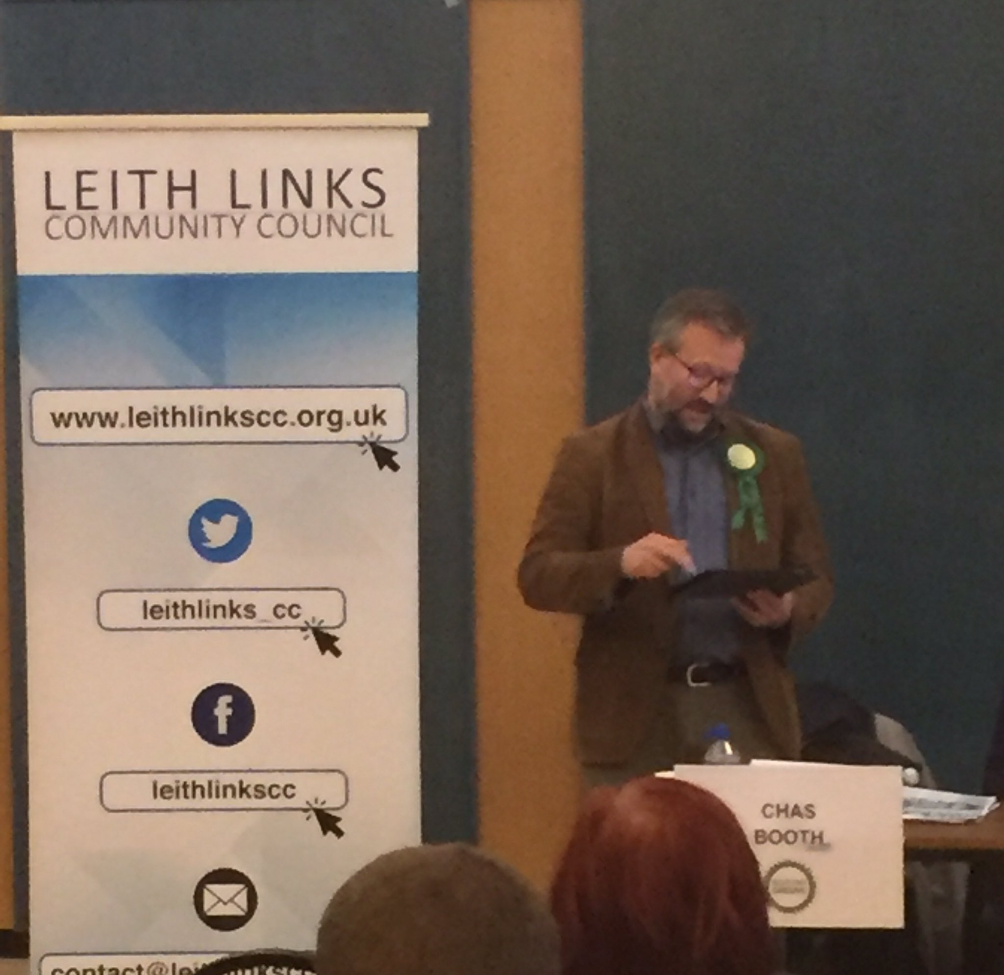 First to introduce himself is @CllrChasBooth #LeithHustings #Leith https://t.co/FSyL1fSttL