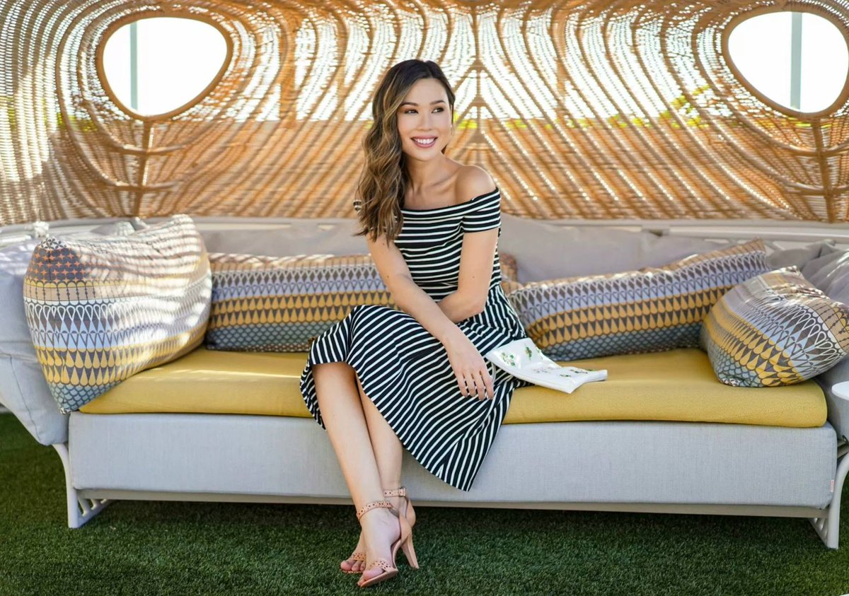 297bb8f35f002 thealohababe is feeling the summer vibes in the Stripe Off-Shoulder Midi  Dress and laser cut sandals. http   brstyl.es 2pCyWsH   itsbananapic.twitter.com  ...