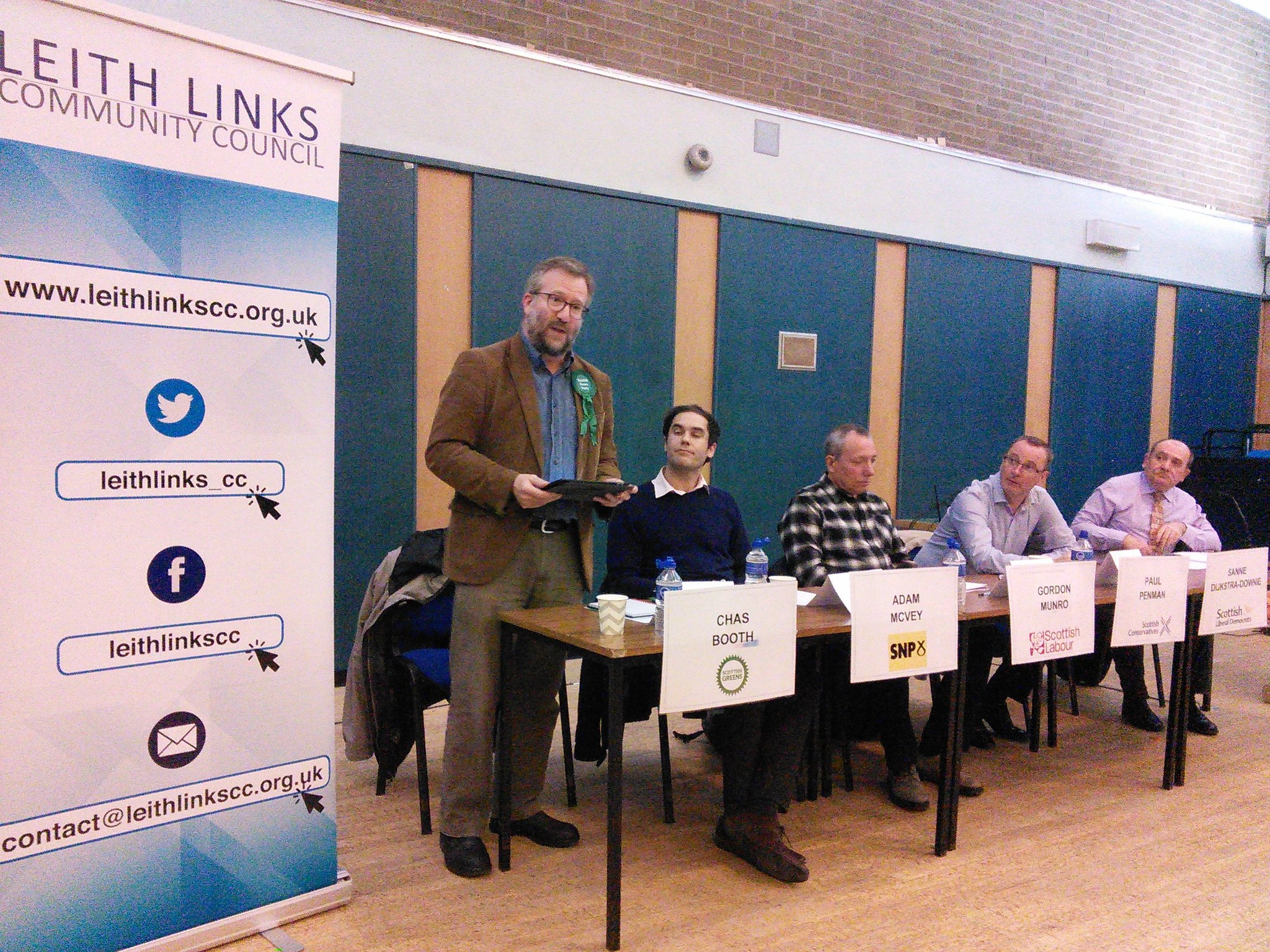 Strong opening message from @CllrChasBooth talking about living wage for carers and importance of community resources  #LeithHustings https://t.co/e967BURJRx