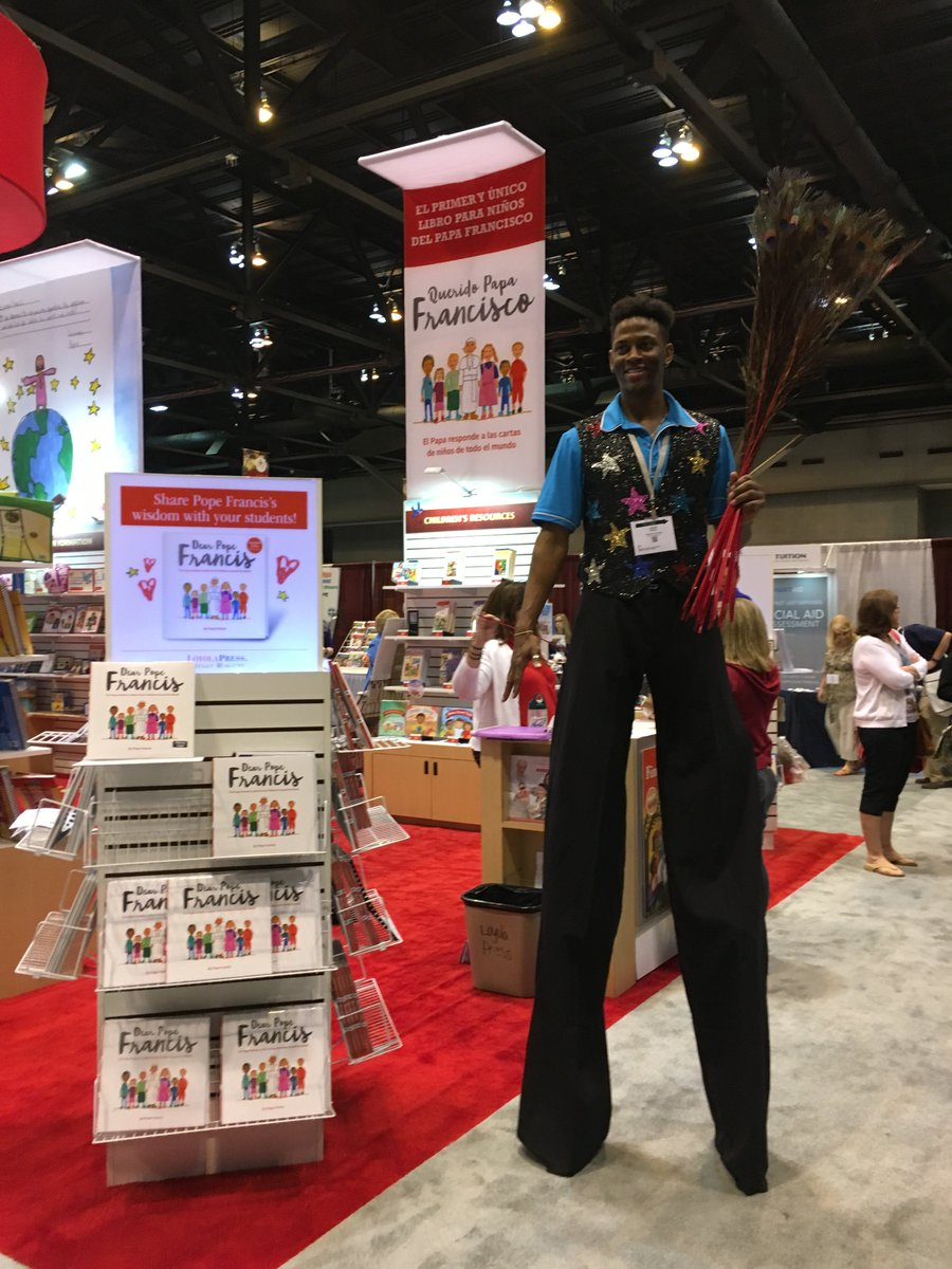 loyolapress on twitter a very tall man visited the loyola press booth at ncea17 how have you had fun with or near dearpopefrancis in the classroom