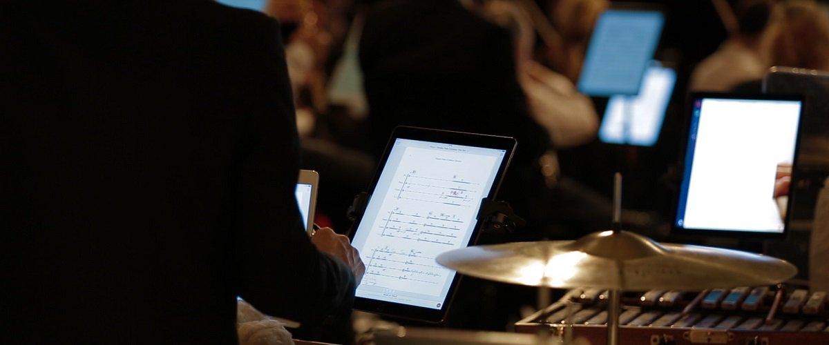 Yorkshire Young Sinfonia goes digital  http:// dlvr.it/NwyQqq  &nbsp;   #ClassicalMusic <br>http://pic.twitter.com/o0auO3Eszc