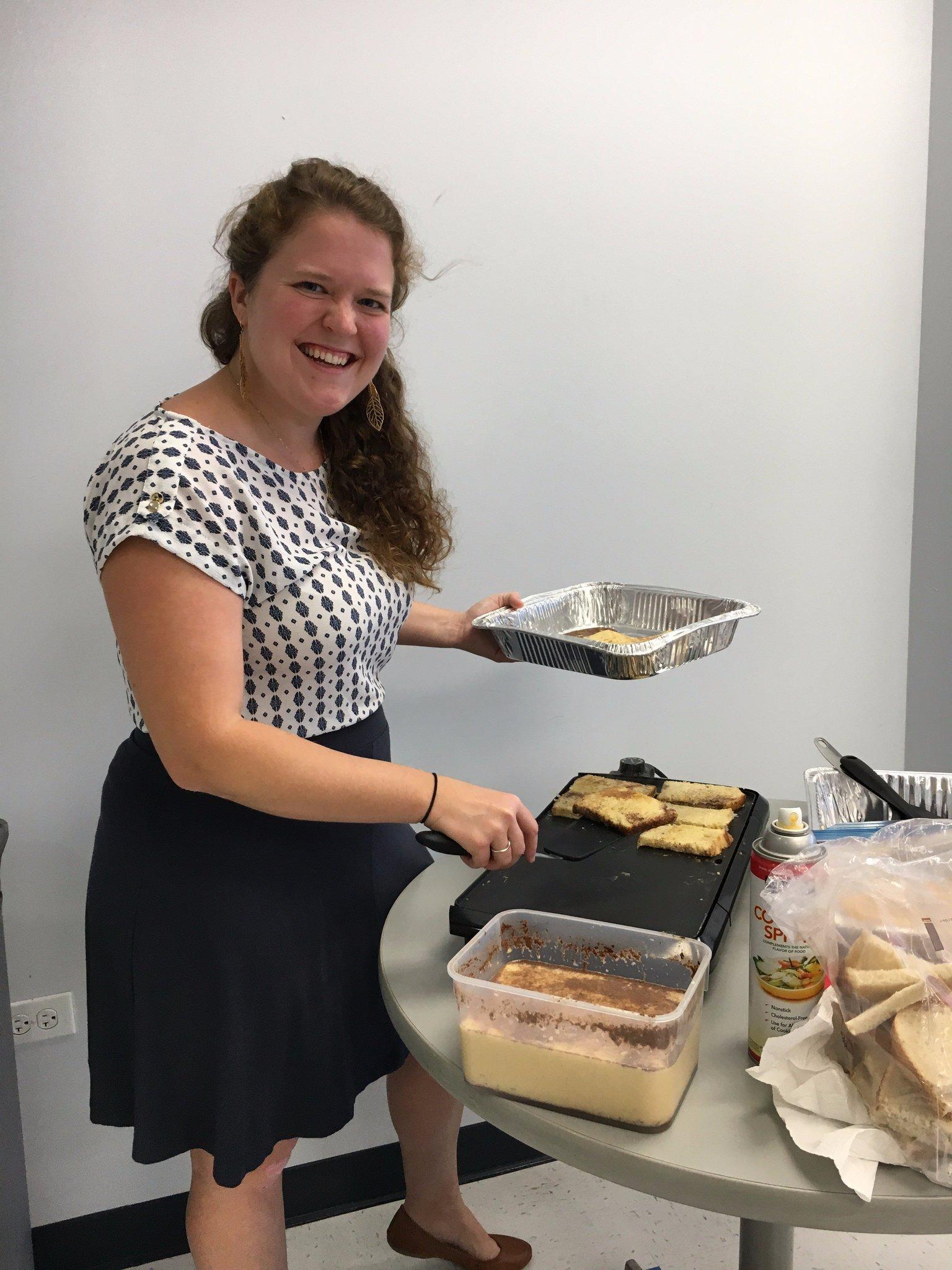 Breakfast fundraiser for @marchofdimesHI Hawaiian sweetbread french toast 🥞hot off the grill #ceridianhawaii50 https://t.co/cu7EYKu4aP