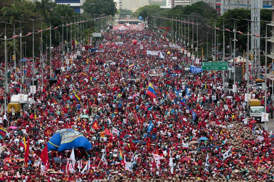 Menéndez: Se Impondrá La Paz Y La Felicidad En Venezuela -----> https://t.co/5NtIKbmB3S … @rmenendezp @NicolasMaduro https://t.co/Pmg6QPBGea