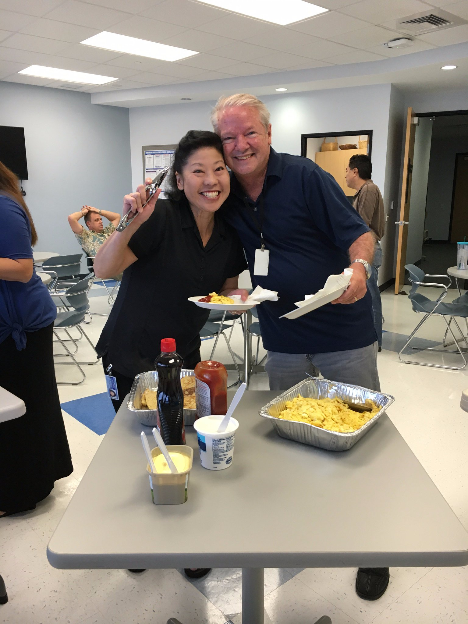 Happy customers at the @marchofdimesHI breakfast #ceridianhawaii50 https://t.co/5No4xjGELG