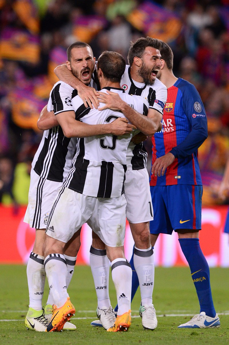 That Juve defence     #UCL <br>http://pic.twitter.com/GXqZnwlZXo