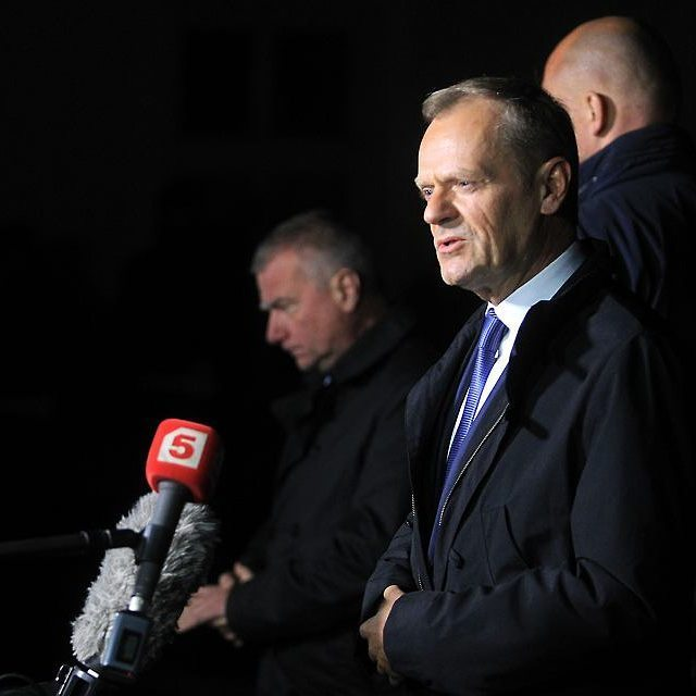 After arrival in Warsaw Donald Tusk was summoned for 8 hours