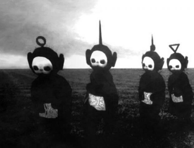 RT @RiffRaff41: The Teletubbies are fucking terrifying in black and white. http://t.co/1b4BN0U838