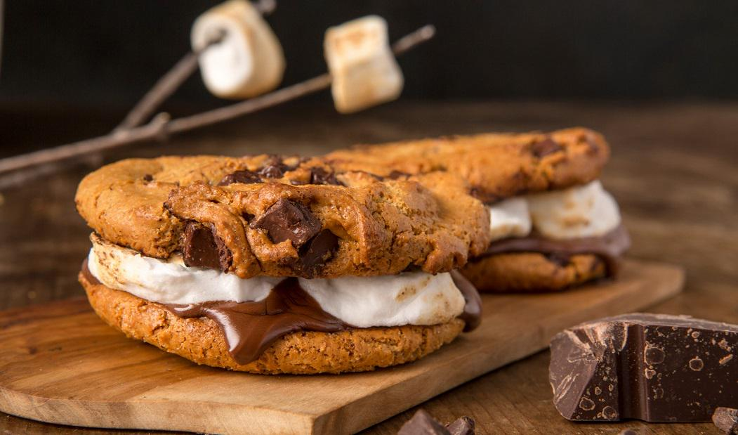 """Topgolf Houston on Twitter: """"The perfect #HumpDay treat, Sensational S'Mores #TopgolfFoodie http://t.co/Qq9Ofecl6g"""""""