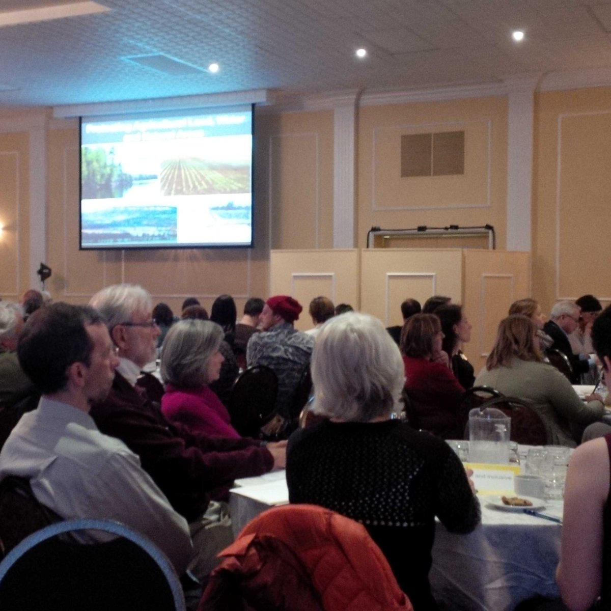 Good turnout for review of ON Growth Plan, Greenbelt+others. Started in Waterloo Region leading the way #landuseON http://t.co/L90p9YqO8j