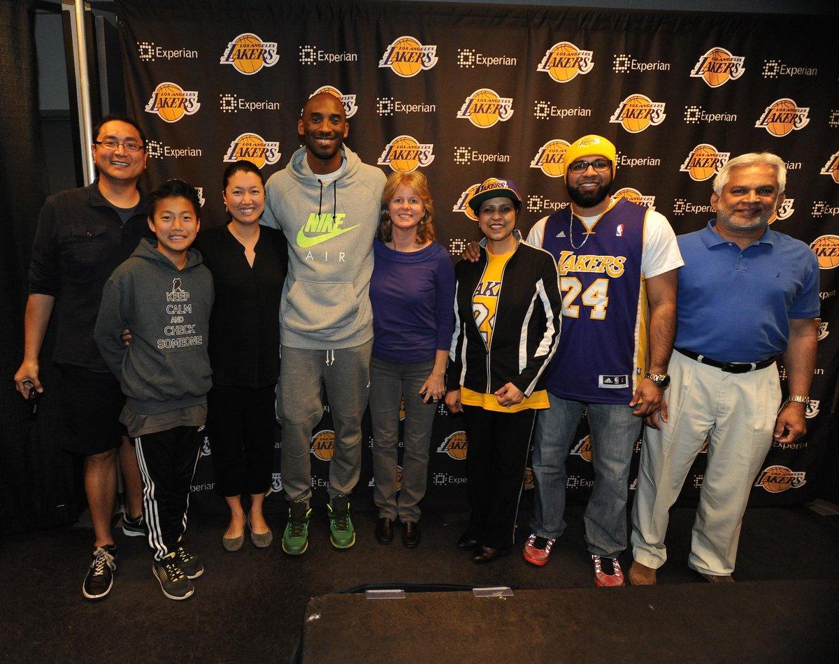 Recap from our @kobebryant meet & greet w/ Top #HomeWalk fundraisers! TY @LakersCommunity ! http://t.co/szao8dF0hJ http://t.co/PpgnehslFY
