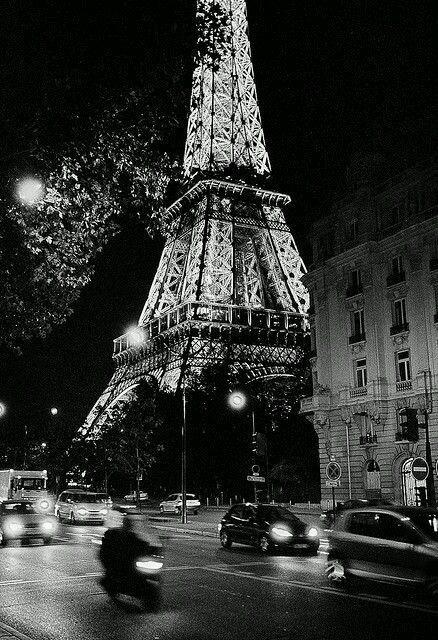 ------* SIEMPRE NOS QUEDARA PARIS *------ CA0kc6oXEAAygy9