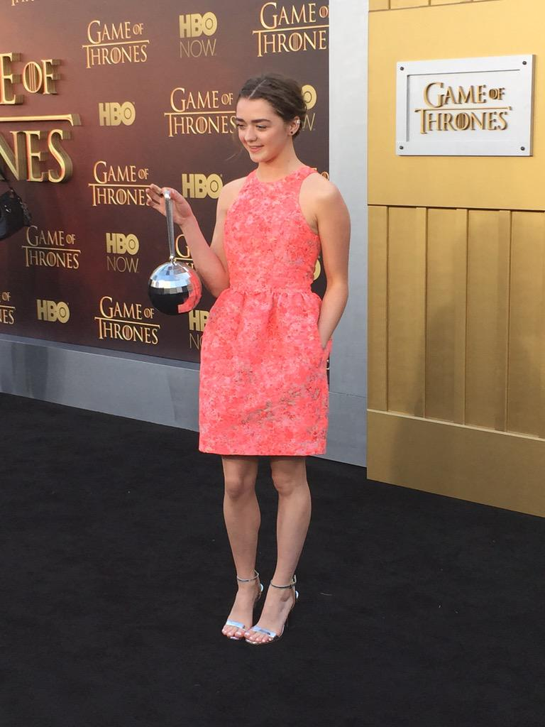 Maisie Williams hits the #GameOfThrones red carpet. http://t.co/f7Brm2VxkO