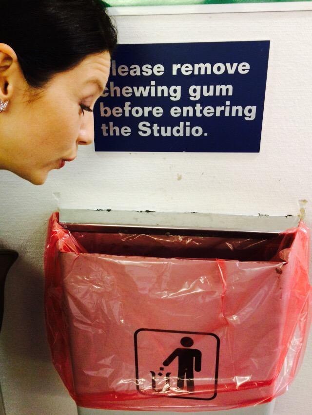 .@caitrionambalfe ALWAYS obays the rules. #ITV