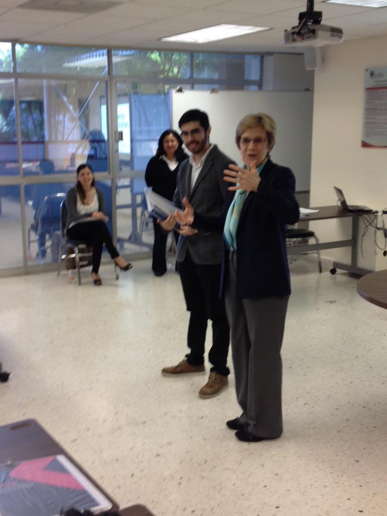 Iniciamos 2o. Módulo del Diplomado en Liderazgo Institucional, bienvenida Dra. Meier y equipo de trabajo de @CTSC_TC http://t.co/AFsFpUQd5x