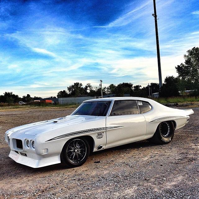 "Gearhead Diva On Twitter: ""Big Chief's ""The Crow"" In White"