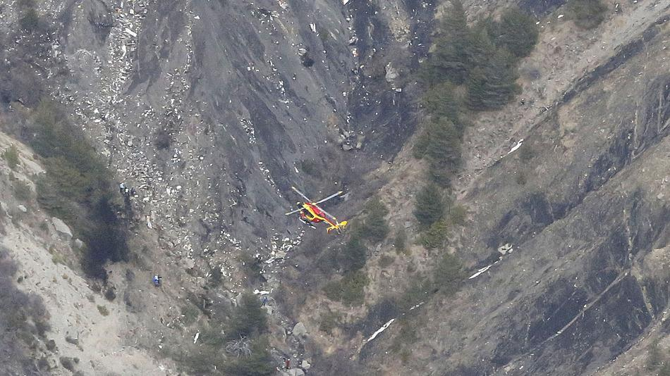 First images coming out of the #Germanwings crash site: http://t.co/ccHYunkkGA http://t.co/STBzK7dHYr