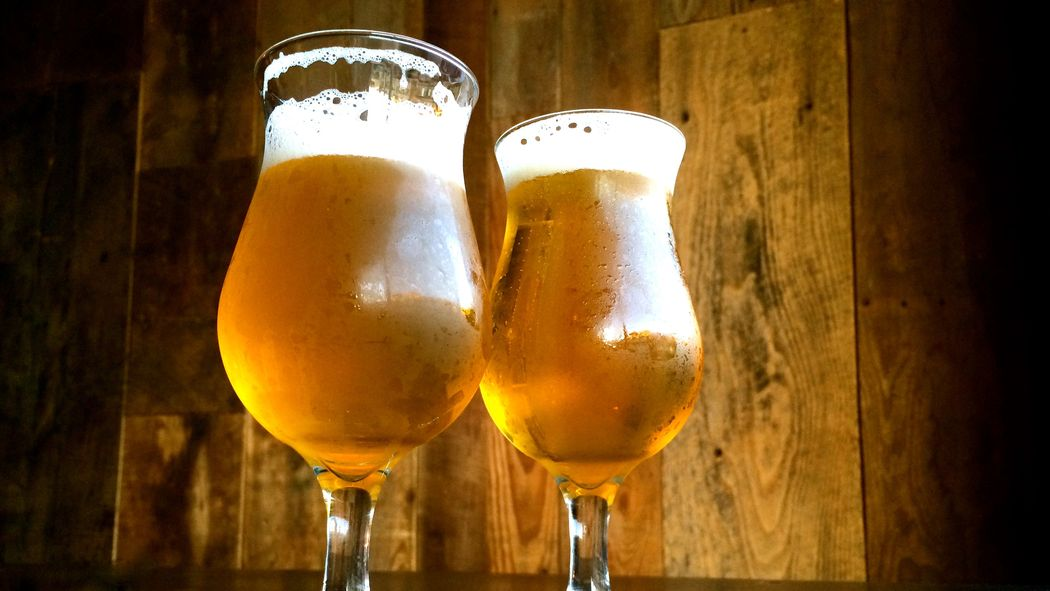 This beer style is what happens when honey meets beer http://t.co/gaJBcXeDRp http://t.co/S7pHF5siNS