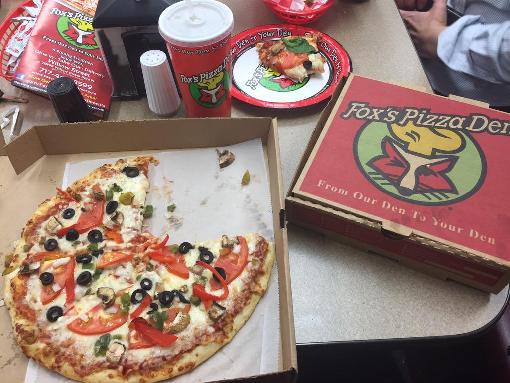 Fox's Pizza Den (@foxspizzaden717) | Twitter