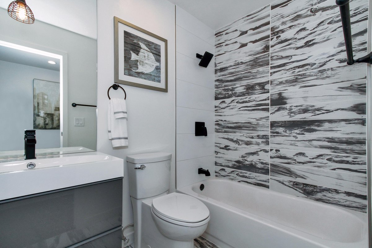 Emser Tile On Twitter Tiletuesday S Installation Comes From Studio Jhoiey Out Of Losangeles Ca Using Our Modena Alder Style