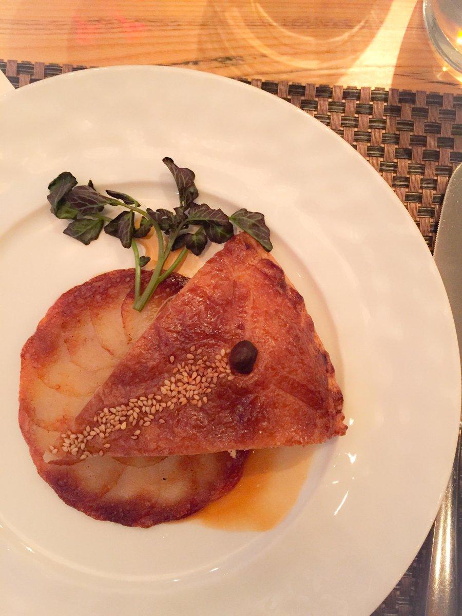 duck & foie gras pie @CafeBouludTO from guest charcuterie master @GillesVerot - great meal! #FSTaste @FSToronto http://t.co/KH7DViK80l