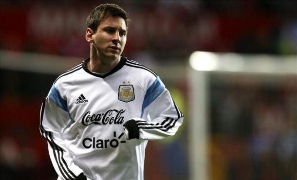Messi esconde su misteriosa lesión