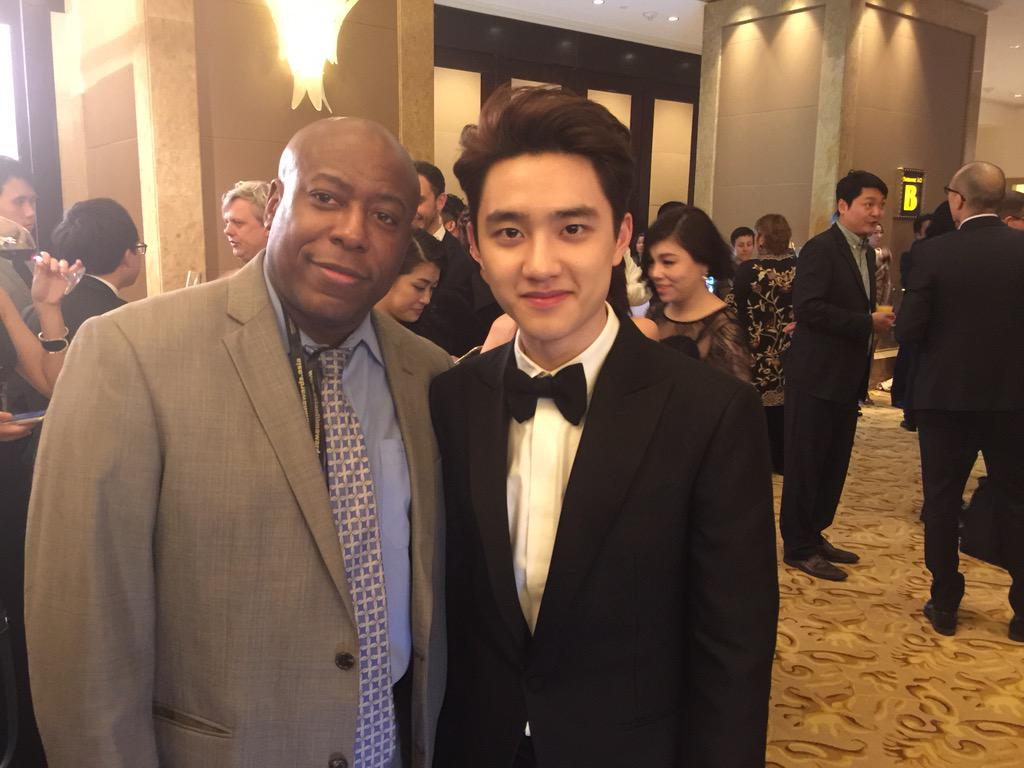 Korean up and coming superstar actor DOH Kyung -Soo a very nice guy. We are here at the Asian Film Festival http://t.co/qrXZ29BWfi