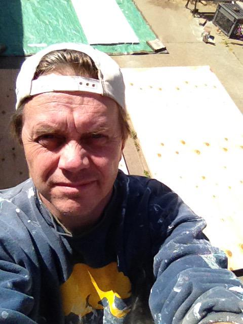 Next step in #KensGarageDoor is to paint the plywood and 1x4s. So get on your painting clothes and take a selfie. http://t.co/XuOX7HJANd