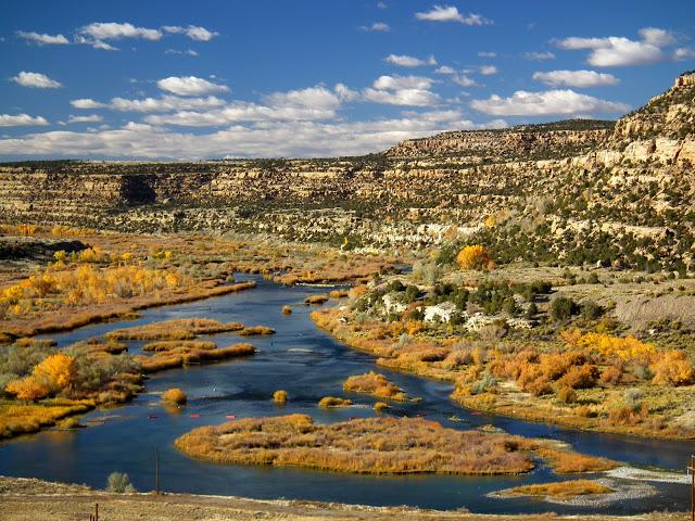 New Mexico anglers about to lose access to public waters:  http://t.co/zCAcRKEA1E @NMWildlife #flyfishing #fishing http://t.co/GbAQcBsDPB