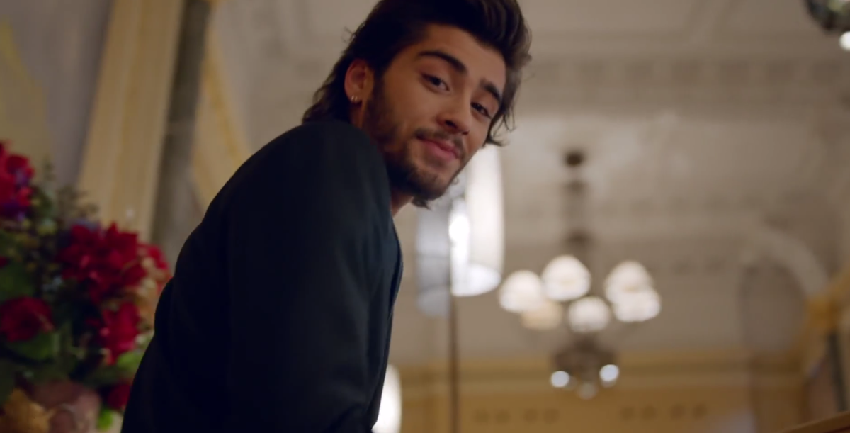 Does it ever drive you crazy just how fast ZAYN MALIK changes?! http://t.co/XIb7O5U8Et #TwoDirections http://t.co/LAP9iM5rGT