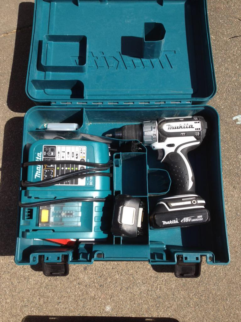This is the only electronics involved in the project: my power drill. #KensGarageDoor http://t.co/3r1NWMEvso