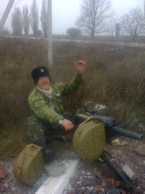 45-летний военнослужащий подорвался на фугасе в Станично-Луганском районе, - Москаль - Цензор.НЕТ 6166