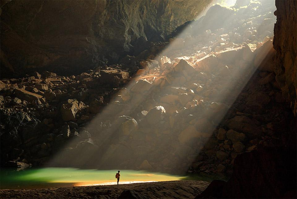 A breathtaking journey through #HangSonDoong, Vietnam & the world's largest cave!  // http://t.co/0QU1ccxJ2O http://t.co/XvuJL4VtY4