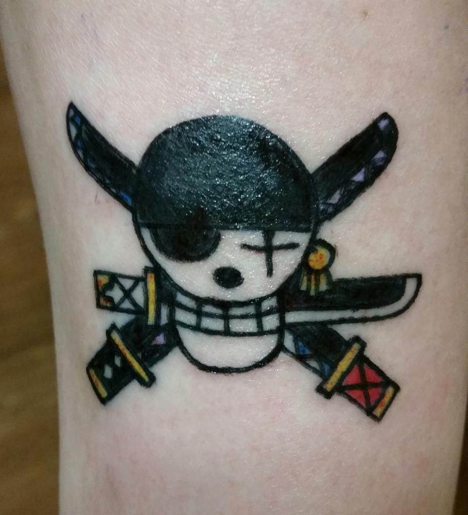 """Zoro4Me3 on Twitter: """"Got my #OnePiece tattoo!!! Zoro's ..."""