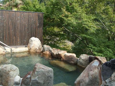 兵庫県西宮市の武田尾温泉の老舗温泉旅館を利用した親娘・・・「女湯丸見えで精神的苦痛を受けた」訴えたが棄却の画像
