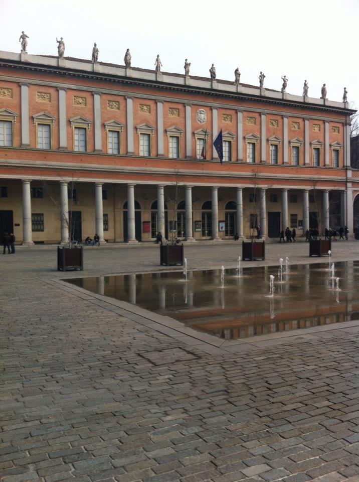 Teatro Valli prima di cominciare: #comunicateatro, @fattiditeatro http://t.co/Ap4iNExOcO