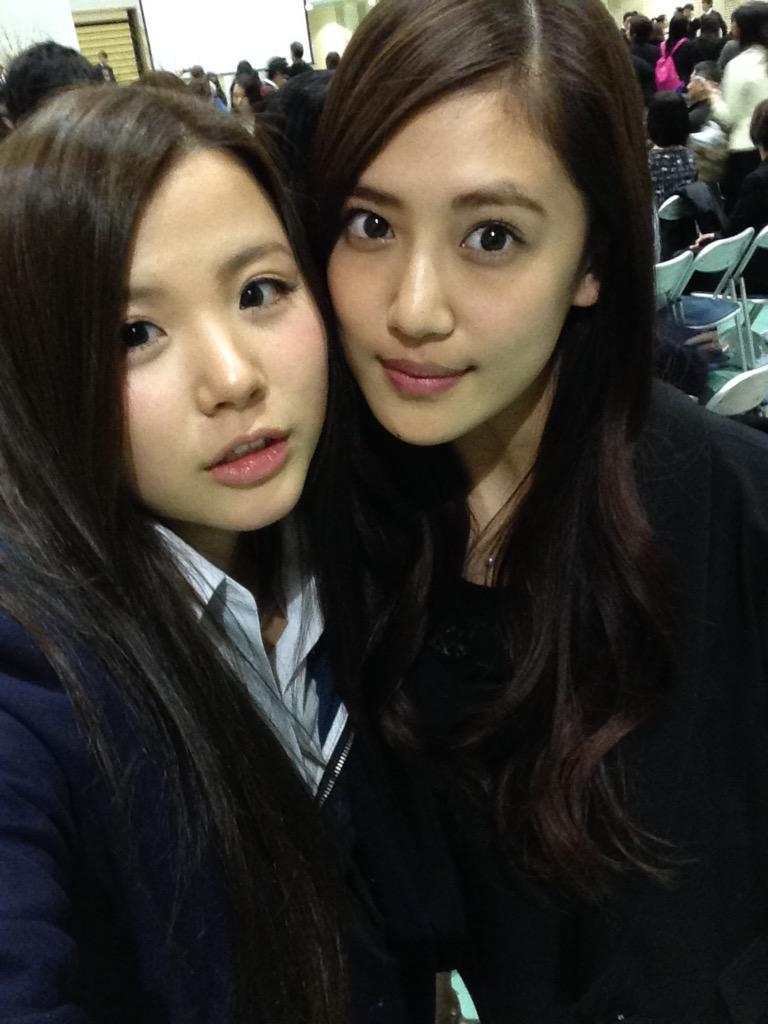 卒業式にて夏恋と♡  今思えばすごく長い付き合い。 小学生の時、地元大阪で一緒にダンスチームを組んで…